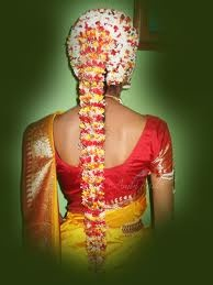 The traditional Tamil Brides hairdo.