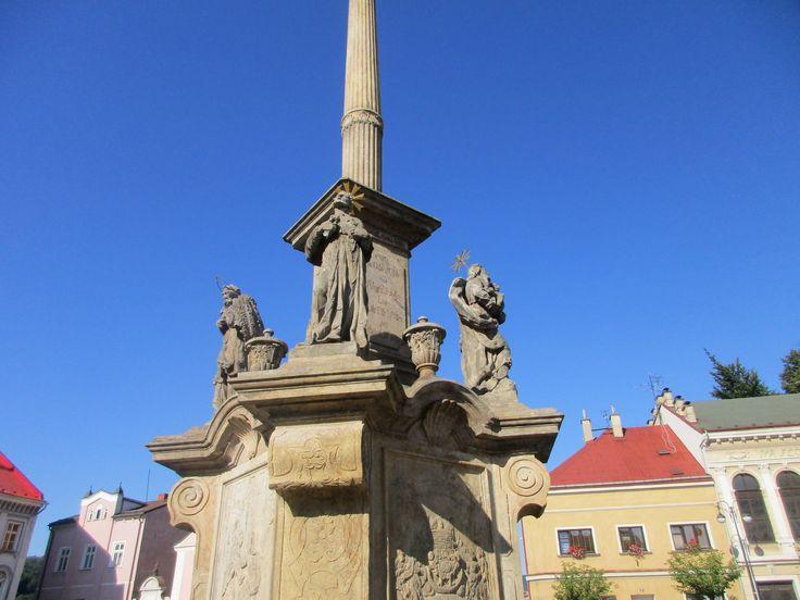 Mariánský sloup - náměstí v Benešově nad Ploučnicí - Ústecký kraj - Česko