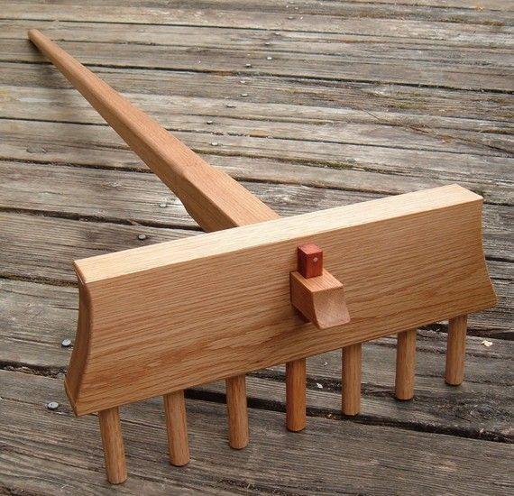 Full Size Japanese Zen Rock Garden Rake Handcrafted in White Oak. Samon Yo Kumade for Karesansui