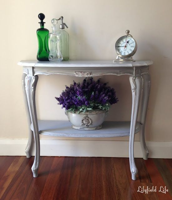 Lilyfield Life: Painted French Console. #ASCP #AnnieSloan #chalkpaint Paris Grey with White Trim