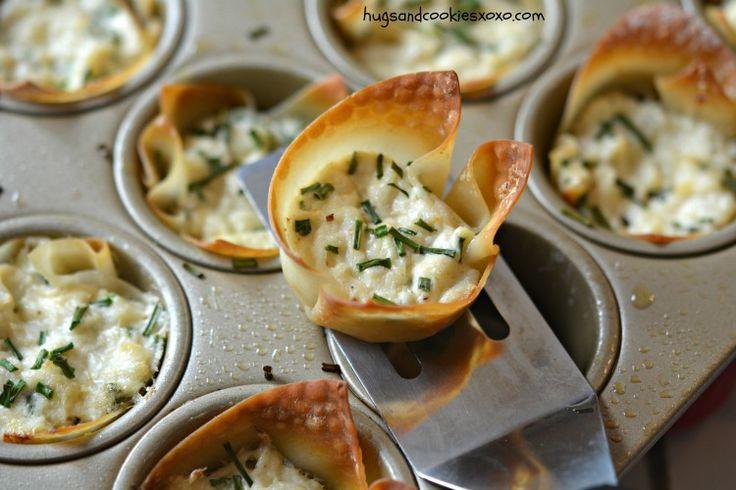 Baked Crab Rangoon Cups