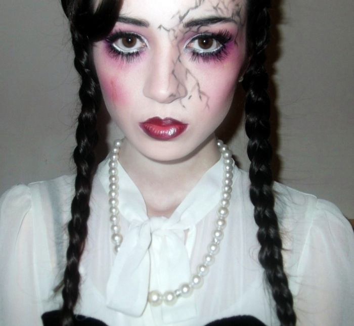 claire huskie creepy porcelain doll make up halloween - How To Make A Doll Costume For Halloween