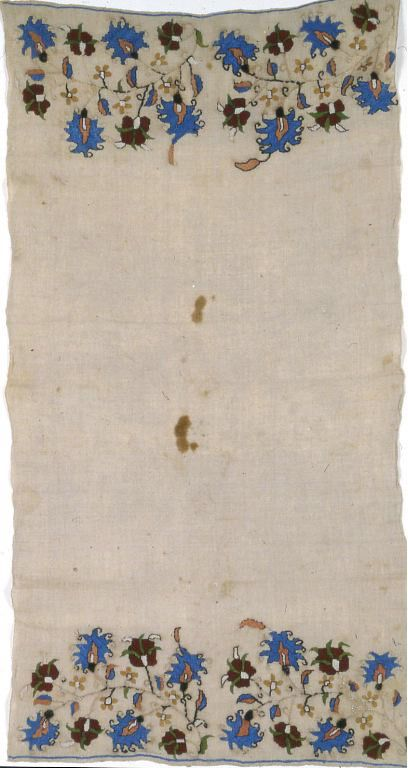 Turkey Towel, 17th century Linen, plain weave; embroidered with silk in double running, twined double running and stem stitches; both selvages present 92.4 x 48.8 cm (36 1/4 x 19 1/4 in.)