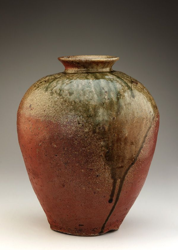 Tamba ware storage jar  ca. 1400-1450      Muromachi period     Stoneware with natural ash glaze  H: 38.7 W: 31.6 cm   Tachikui, Japan