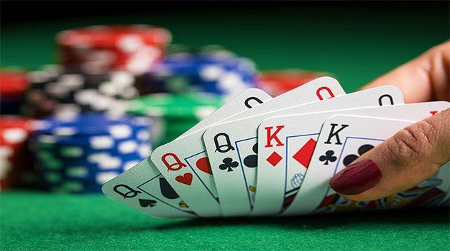 Meningkatnya Permainan Judi Poker Online Di Indonesia - Satu permainan judi poker untuk saat ini yang telah untuk jadi satu permainan yang di mana memang