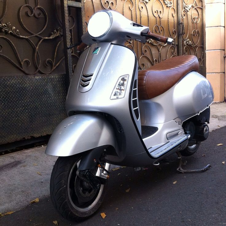 Vespa GTS with dropbar.