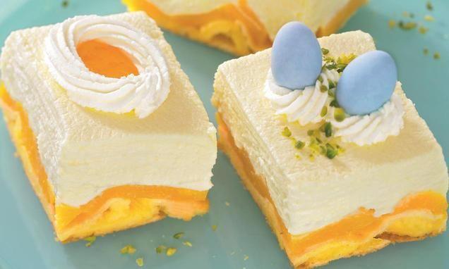 Fruchtiger Pfirsich-Quarkkuchen vom Blech zum Osterfest