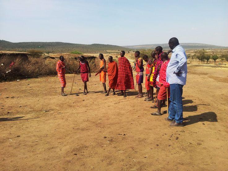 Safari Culturale: lo sapevate che in Kenya vivono più di 40 etnie, ciascuna con il suo dialetto e le sue tradizioni ?