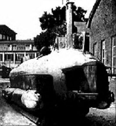 """The """"Seeteufel"""" or """"Sea Devil""""was a tracked two-man amphibian midget submarine which solved all the vulnerability and technical problems associated with German midget submarines that had to be launched at sea - even midget submarines as small as the """"Neger"""" (Negro) one-man piloted torpedo."""
