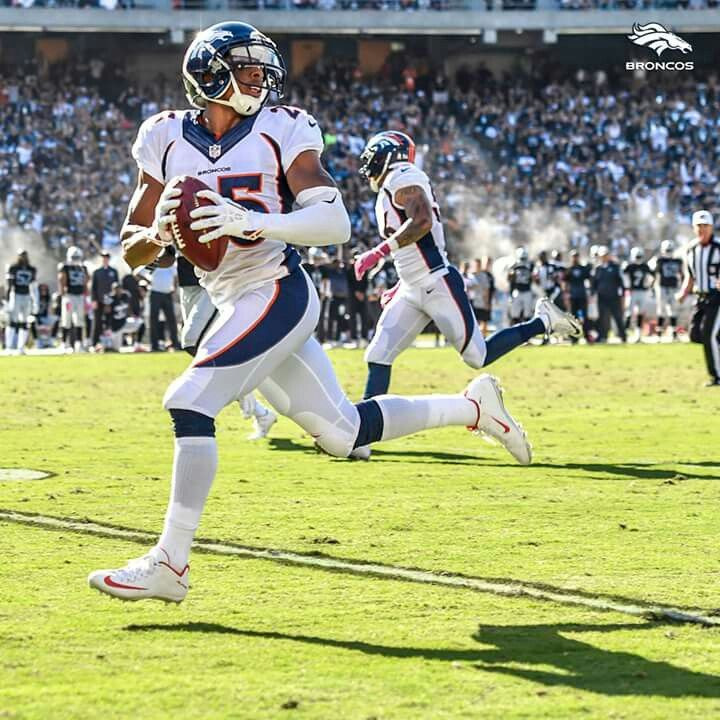 Chris Harris Jr Game Winning Int