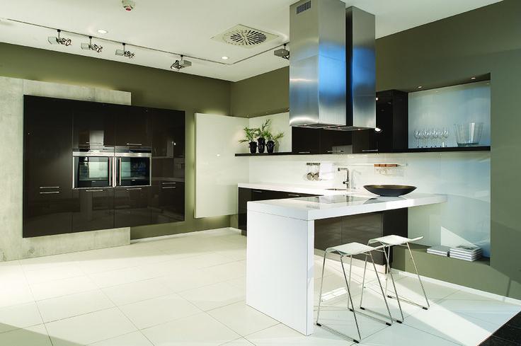 19 best images about dise o de cocinas on pinterest - Singular kitchen madrid ...