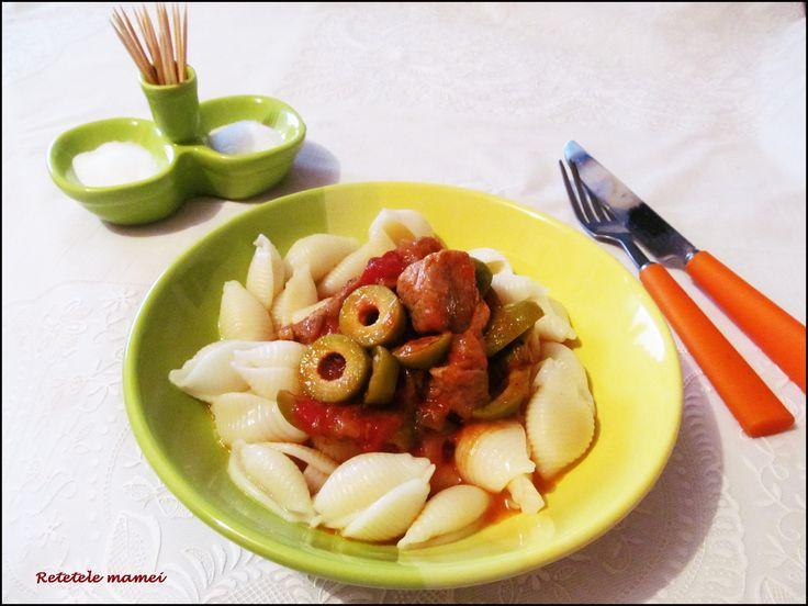Mâncare de măsline verzi