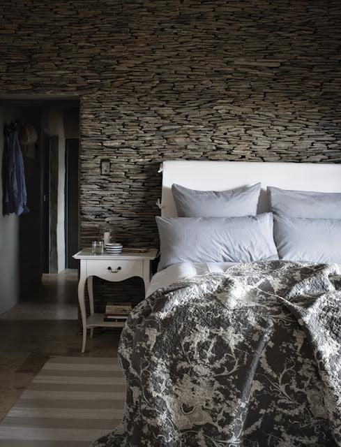 bedroom at stoney cottage, karoo, SA