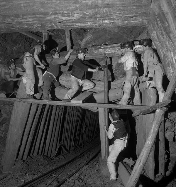 Los mineros del carbón de Ignacio Hochhäusler Lota, Chile