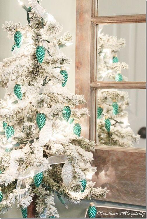 Love this  tree!: Holiday, Ideas, Blue Christmas, Turquoise Christmas, Pine Cones, Turquoise Pinecone, Beautiful Christmas Trees, Christmas Decor