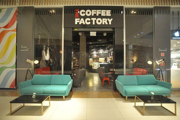The Coffee Factory kawiarnia w Centrum Handlowym RIVIERA na ulicy Francuskiej #Gdynia #tcfgdynia #coffee #cafe #design #couch #poland #architecture