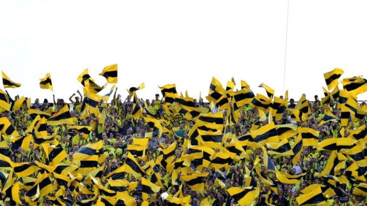 Bundesliga: Stadium bans for 88 Dortmund fans after combat cache discovered