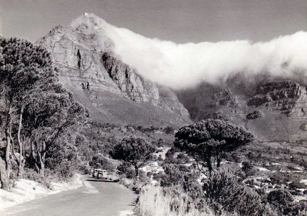 Description: Description: http://www.roomsforafrica.com/images/newsletter_12-04_cape_town_history_kloof_nek_road.jpg