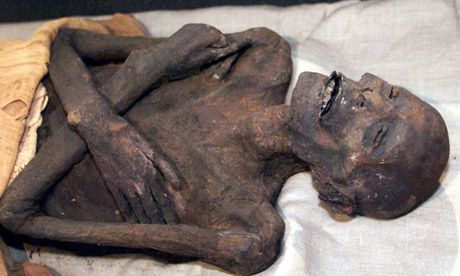 The great mummy cover-up | Egypt, Lost and Photographs