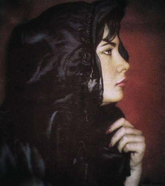 30 σπάνιες φωτογραφίες της αναντικατάστατης και αθάνατης Τζένης Καρέζη - Τι λες τώρα;