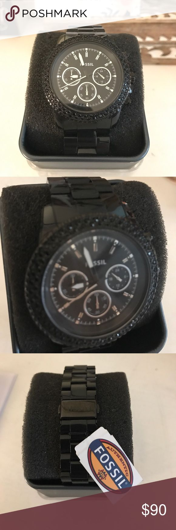 Black fossil watch brand new ! Never worn. Black fossil watch brand new ! Never worn. Black w black rhinestones. Original case with original price tag ($105.00) still attached ! Brand. New. Make and offer ! ;) Fossil Jewelry Bracelets