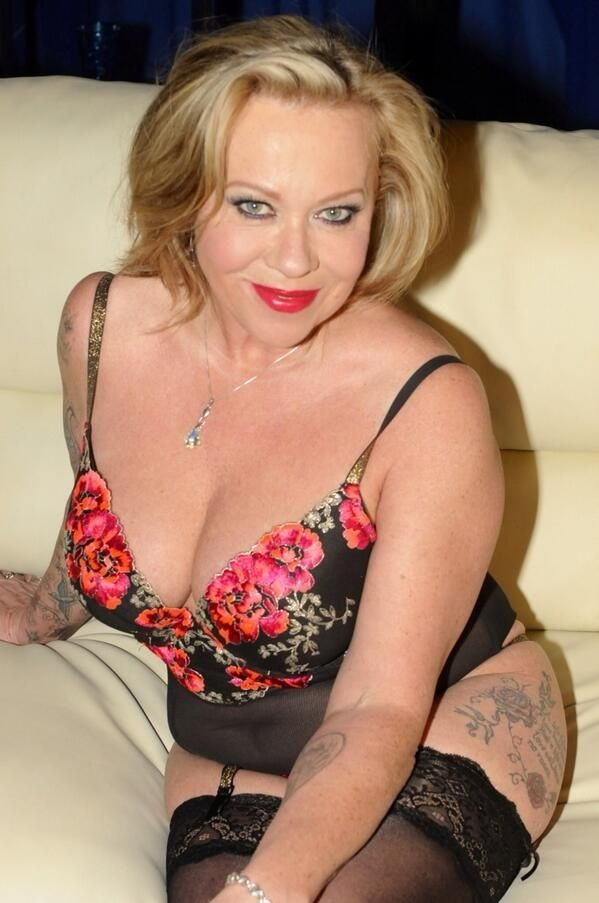 thick hot latina pornstars
