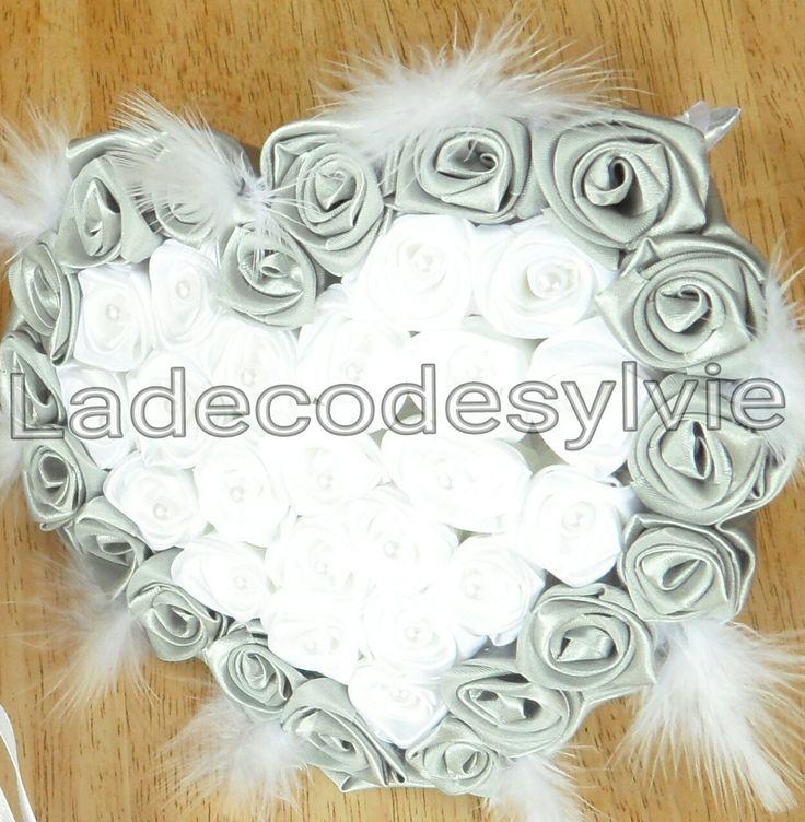 Bouquet de Mariée coeur  en satin