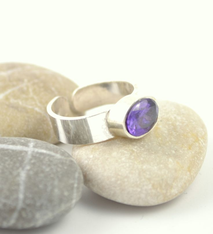 Ring, sterling silver, With amethyst