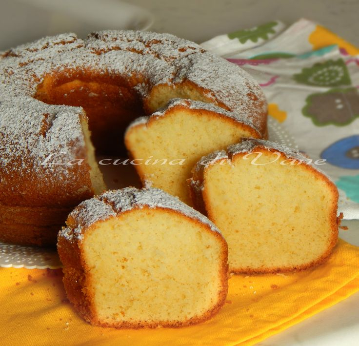 ciambella soffice per colazione, ricetta dolce. una ricetta dolce per una torta morbidissima,ideale da mangiare non solo al mattino ma anche per la merenda