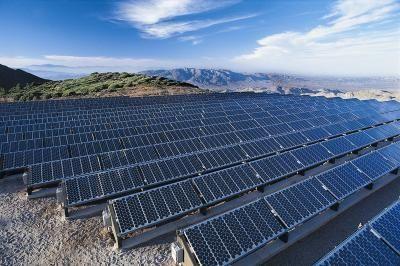 Cómo determinar la cantidad de vatios que necesitas para alimentar tu casa con paneles solares | eHow en Español