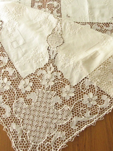 And can't forget to pick up some lace in Venice!  #monogramsvacation