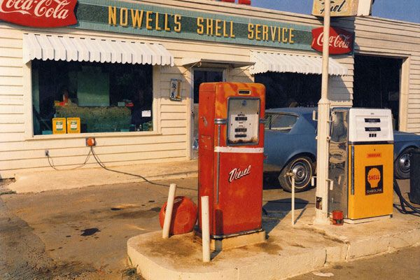 It was 1978 and Eggleston had acquired an early Kodak instant camera. He started to photograph out of the window of the car and pointed the camera at the sky. The small, rectangular color prints looked to him like fragments of frescoes.