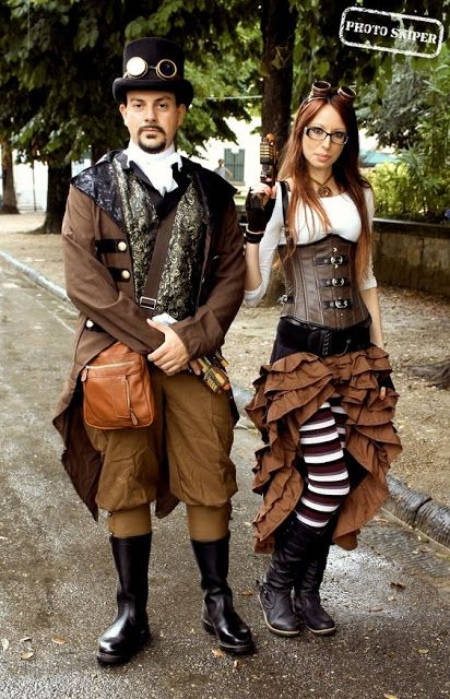 Coordinating Steampunk Couple - For costume tutorials, clothing guide, fashion inspiration photo gallery, calendar of Steampunk events, and more, visit SteampunkFashionGuide.com