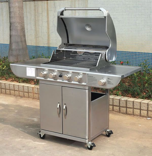 Beautiful Barbecue La Foir Fouille #14: For The Cooking Enthusiast Of Your Family, A New Range Of Hooded Gas  Barbeques In