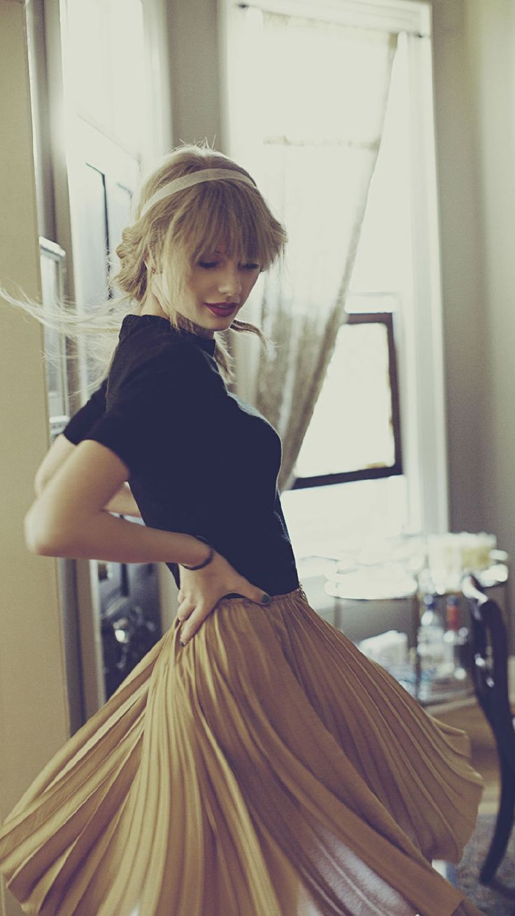 Iphone wallpaper tumblr taylor swift - Taylor Swift Red Album Photo Found On Photobucket