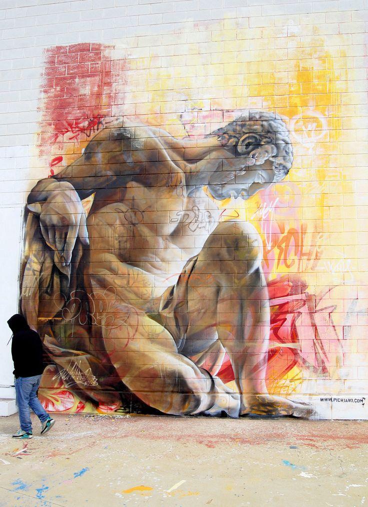 Pichi e Avo criam grafites fantásticos inspirados na arte grega.