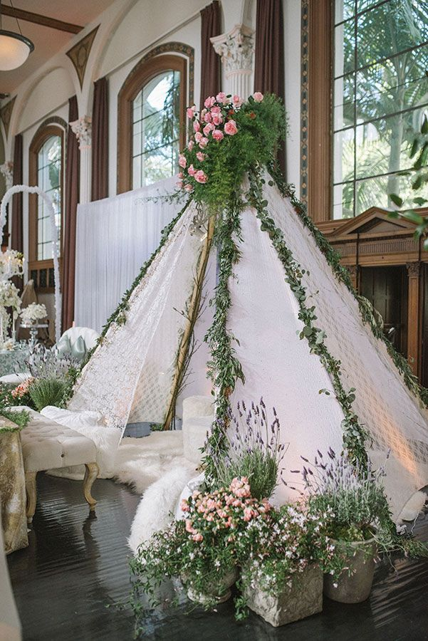 Modern bohemian wedding ideas with a gypsy princess vibe come to fruition at Luxe Linen's annual LUXE Launch, one of the industry's most anticipated events.