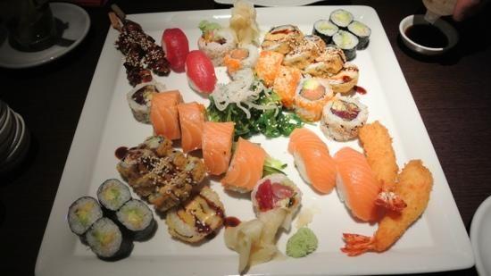 Izumi - Restaurant - Sushi Bar, Berlin - Mitte - Restaurant Bewertungen, Telefonnummer & Fotos – TripAdvisor
