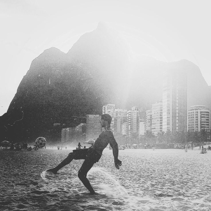 WHITE IS BLACK, BLACK AND WHITE, PHOTOGRAPHY, URBAN, RIO
