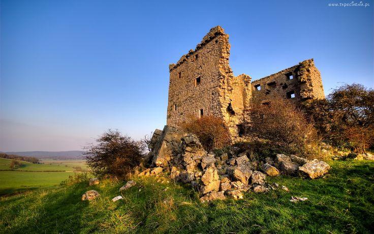 Ruiny, Wzgórze