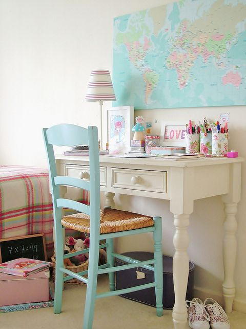 perfect tabledesk idea for girls room - Desk Chairs For Teens