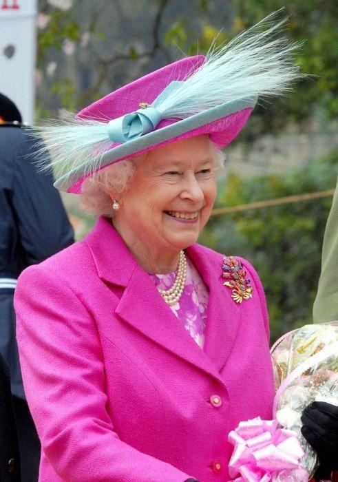 Photos: The Hats of Queen Elizabeth's Monarchy, in Honor of Her Diamond Jubilee | Society | Vanity Fair