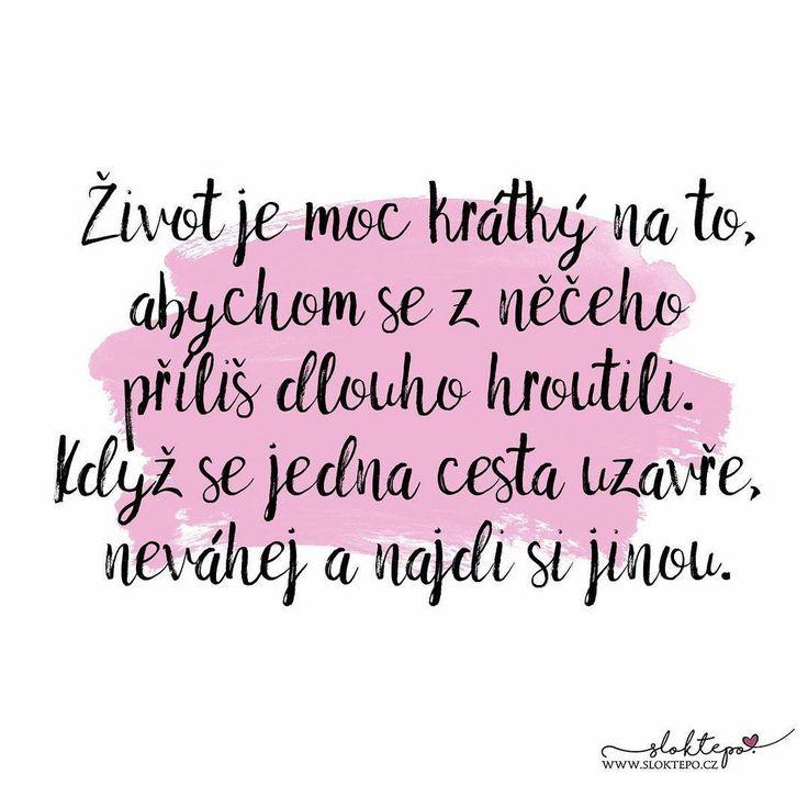 Každý den je šance změnit svůj život. ☕ #sloktepo #motivacni #hrnky #miluji #kafe #citat #darek #domov #stesti #laska #rodina #czechboy #czechgirl #czech #praha