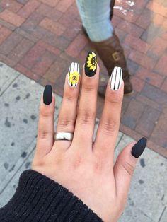 Sun Flower nail design, cute, strips , black and white, yellow
