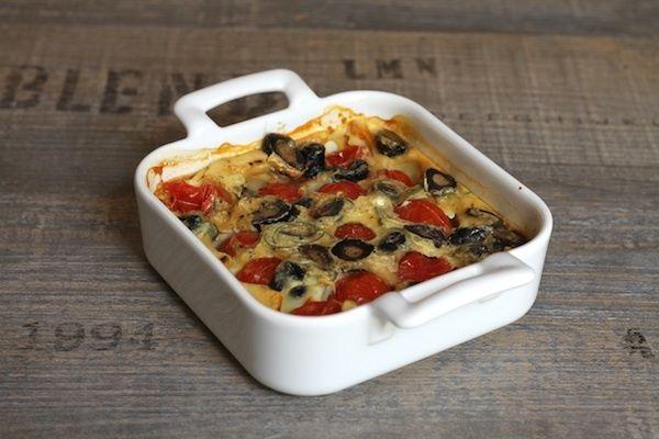 Clafoutis aux tomates cerises et aux olives noires  [Nanou's comment] Testé et approuvé par nous deux ! Super parfumé, à refaire !