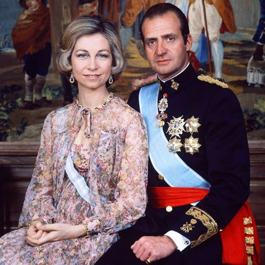 King Juan Carlos and Queen Sofia in an official portrait from 1978