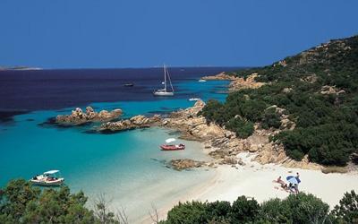 Google Image Result for http://blogstodiefor.com/wordpress/wp-content/uploads/2010/08/Sardinia4.jpg