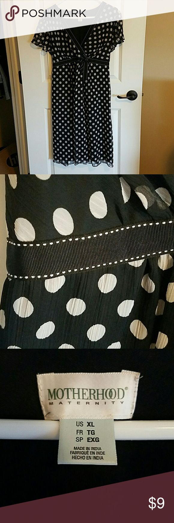 Motherhood maternity xl dress Black and white polka dot xl maternity dress. Great condition. Only had a few chances to wear it. Motherhood Maternity Dresses
