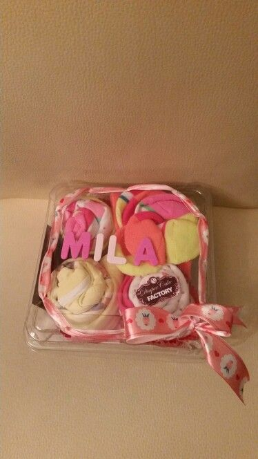 Cupcake gift. Cute little gifts in a cupcake way. Cute, fun and creative