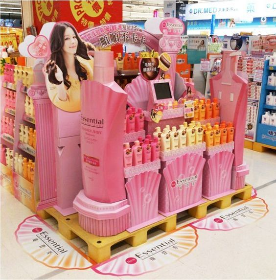 essential supermarket display pallet
